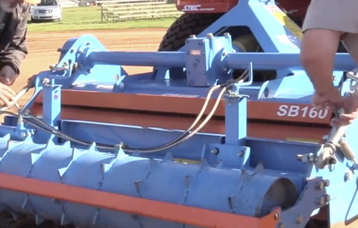 <b>Variable Depth</b><p></p>As a result of this operation the stones will be put under the layer of fine, vital soil. The maximum operating depth is 6.5inches. The operating depth is simply adjusted by using two spindles on both sides of the machine.