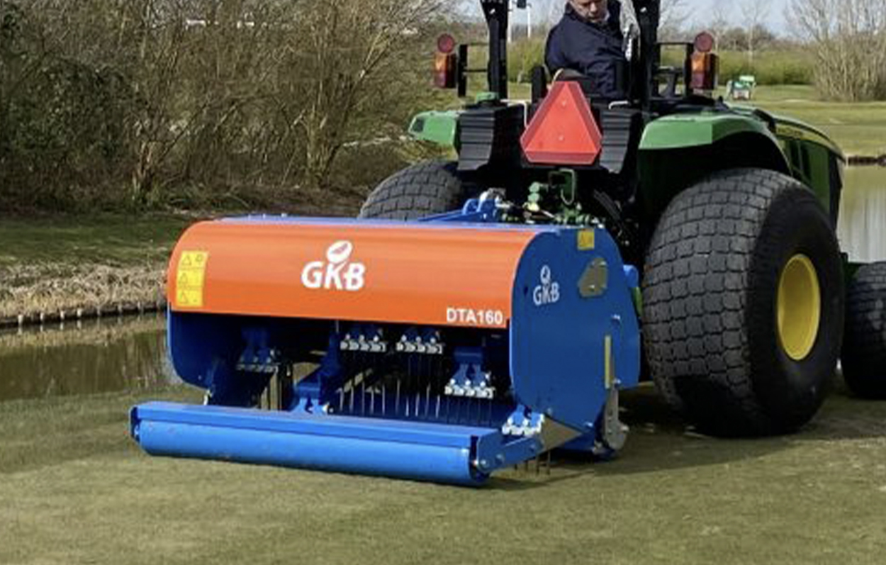 <b>The DTA160 will be used mainly on golf courses and sport pitches. This machine has a working depth of 11 inches.
